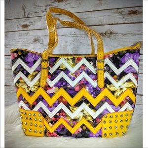 Accessories - Brand new sunflower chevron print with studs